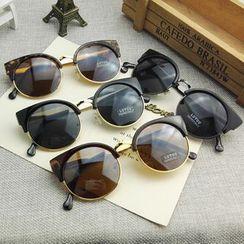 Sunny Eyewear - Cat Round Sunglasses