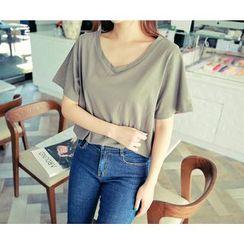 HOTPING - V-Neck T-Shirt