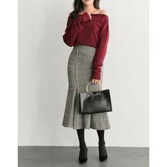 UPTOWNHOLIC - Ruffle-Hem Checked Midi Skirt