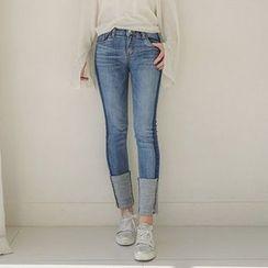 Seoul Fashion - Cuff-Hem Slim-Fit Jeans