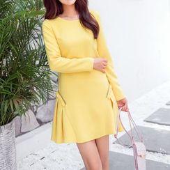 AiLiTi - Long-Sleeve Pleated Shift Dress