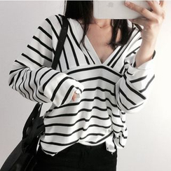 MATO - Striped Long Sleeve V-Neck T-Shirt