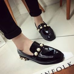 Chryse - Faux Pearl Low Heel Loafers