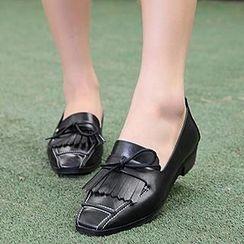 Mancienne - Fringed Block Heels