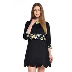 O.SA - Scalloped-Trim Floral Dress