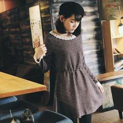 东京著衣 - 蕾丝领细格纹缩腰毛绒连衣裙