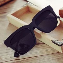 MOL Girl - Retro Square Sunglasses