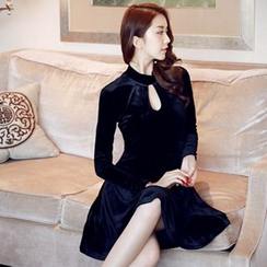 Sherbo - Long-Sleeve Velvet Party Dress