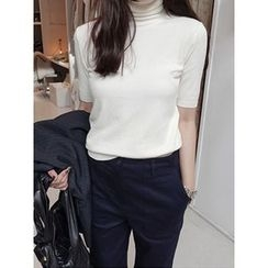 maybe-baby - Short-Sleeve Turtle-Neck Top