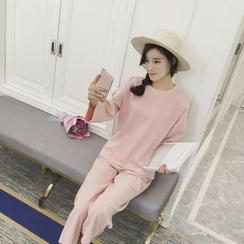 Sheeno - 套装: 长袖纯色T恤  + 九分运动裤