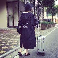 A7 SEVEN - 刺繡字母連帽外套