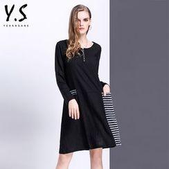 Y:Q - 條紋拼接長袖直筒連衣裙