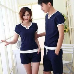 Lovebirds - Set: Short-Sleeve Contrast-Trim Couple Top + Shorts