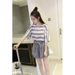 QZ Lady - Set: Elbow-Sleeve Striped Top + Bow Waist Shorts
