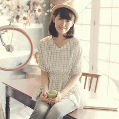 Tokyo Fashion - Short-Sleeve V-Neck Check Peplum Top