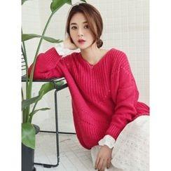 LOLOten - V-Neck Pointelle-Knit Sweater