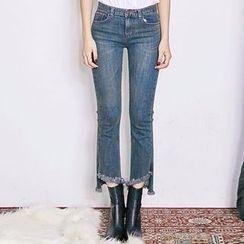 chuu - Cutout-Hem Straight-Cut Jeans