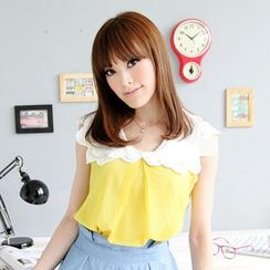 Tokyo Fashion - Crocheted-Collar Dotted Top