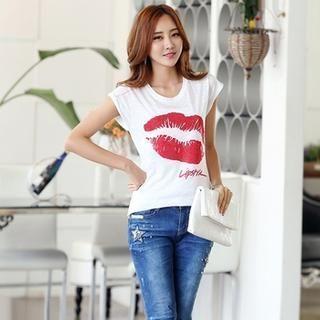 Styleonme - Glittered Lip Pint T-Shirt