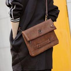 ETONWEAG - Faux Leather Clutch
