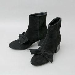 Cherryville - Ribbon-Detail Faux-Suede Ankle Boots