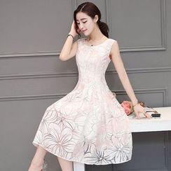 EFO - Sleeveless Printed A-Line Dress