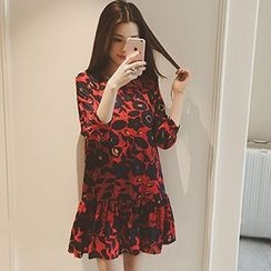 Arroba - 3/4-Sleeve Patterned Dress