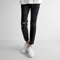 Seoul Homme - Straight-Cut Cut Off Detailed Jeans