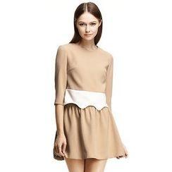O.SA - Set: Color-Block Top + Skirt
