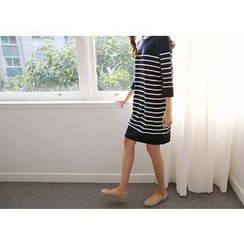 Hello sweety - 3/4-Sleeve Stripe Knit Dress