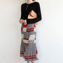 NIPONJJUYA - Accordion-Pleat Pattern Chiffon Midi Skirt