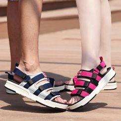 MARTUCCI - Couple Matching Platform Velcro Sandals