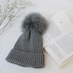 STYLEBYYAM - Faux-Fur Pompom Accent Knit Beanie