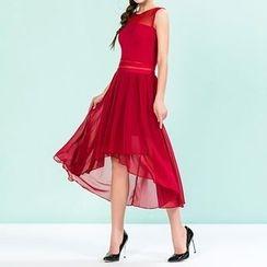 草莓花朵 - 荷叶无袖针织连衣裙