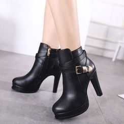 Monde - Buckled High-Heel Ankle Boots