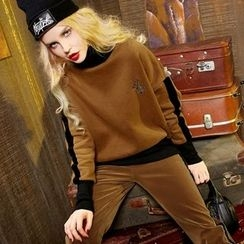 ELF SACK - Long-Sleeve Turtleneck Embroidered Top