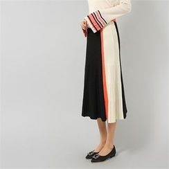 Styleberry - Color-Block Pleated Knit Skirt