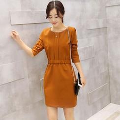 Fancy Show - Long-Sleeve Knit Dress