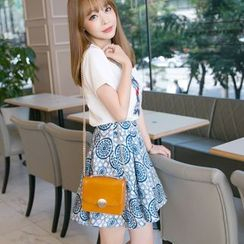 Dowisi - Set: Short-Sleeve Print T-Shirt + Patterned Skirt