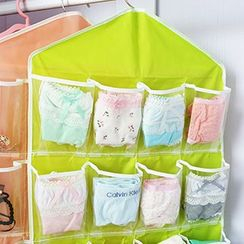 Dolly Design - Hanging Organizer
