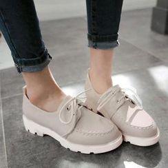 缤纷女鞋 - 饰缝线厚底牛津鞋
