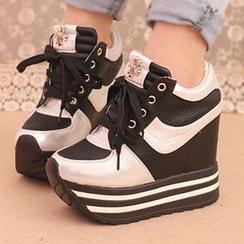 IYATO - 內增高厚底運動鞋