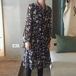 Cloud Nine - Floral Print V-Neck Chiffon Dress