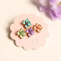 HayHill - Set of 4: Flower Stud Earrings / Clip-On Earrings