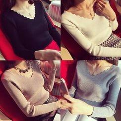 EFO - Long-Sleeve V-Neck Knit Top