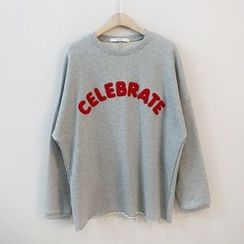 STYLEBYYAM - CELEBRATE-Appliqué Sweatshirt