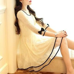 Jolly Club - 3/4-Sleeve Lace Party Dress