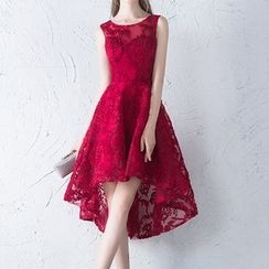 名贵风格 - 无袖高低网礼服裙