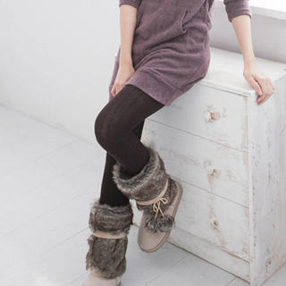 CatWorld - Cable-Knit Tights