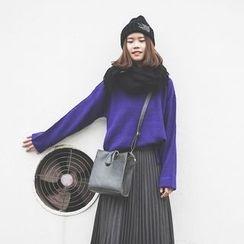 Polaris - Plain Sweater